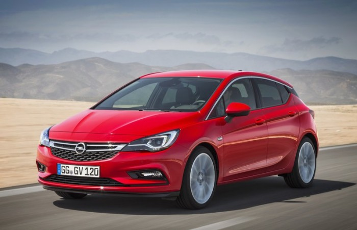 opel-astra-5-k-2016-volant-or-03